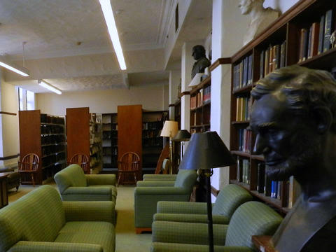 Bass Library Reserve Rooms